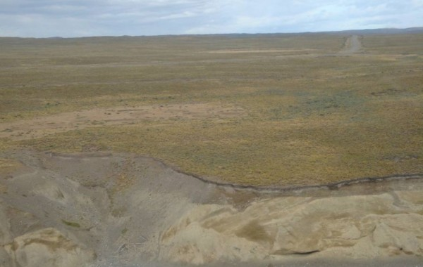 Trenching and backfilling for Vega Pleyade pipeline